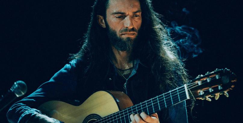 Chi è Estas Tonne. La storia di un' incredibile chitarrista