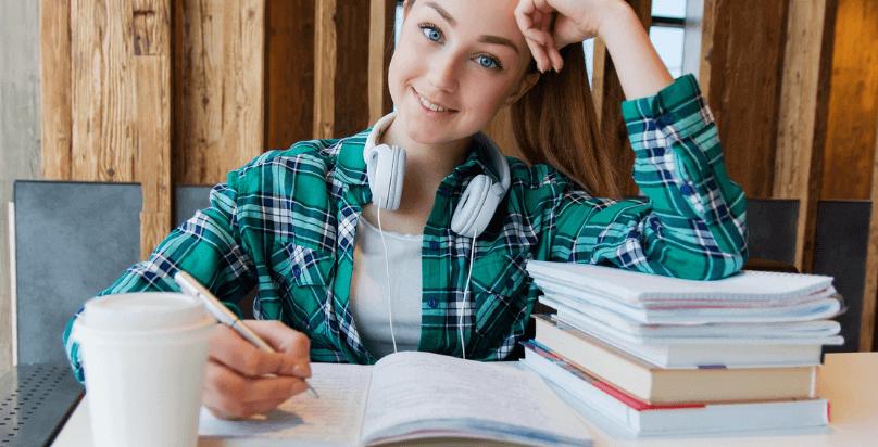 Lavoro Online da Casa per Studenti. Quale Scegliere?